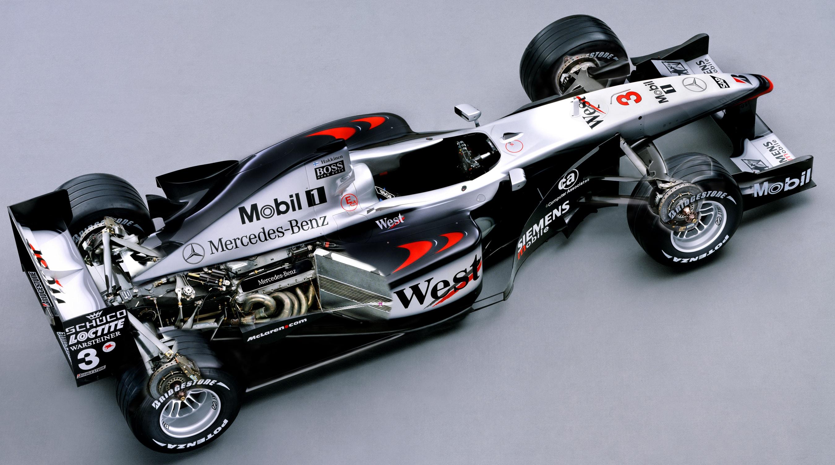 McLaren F1 by Paul Bussell