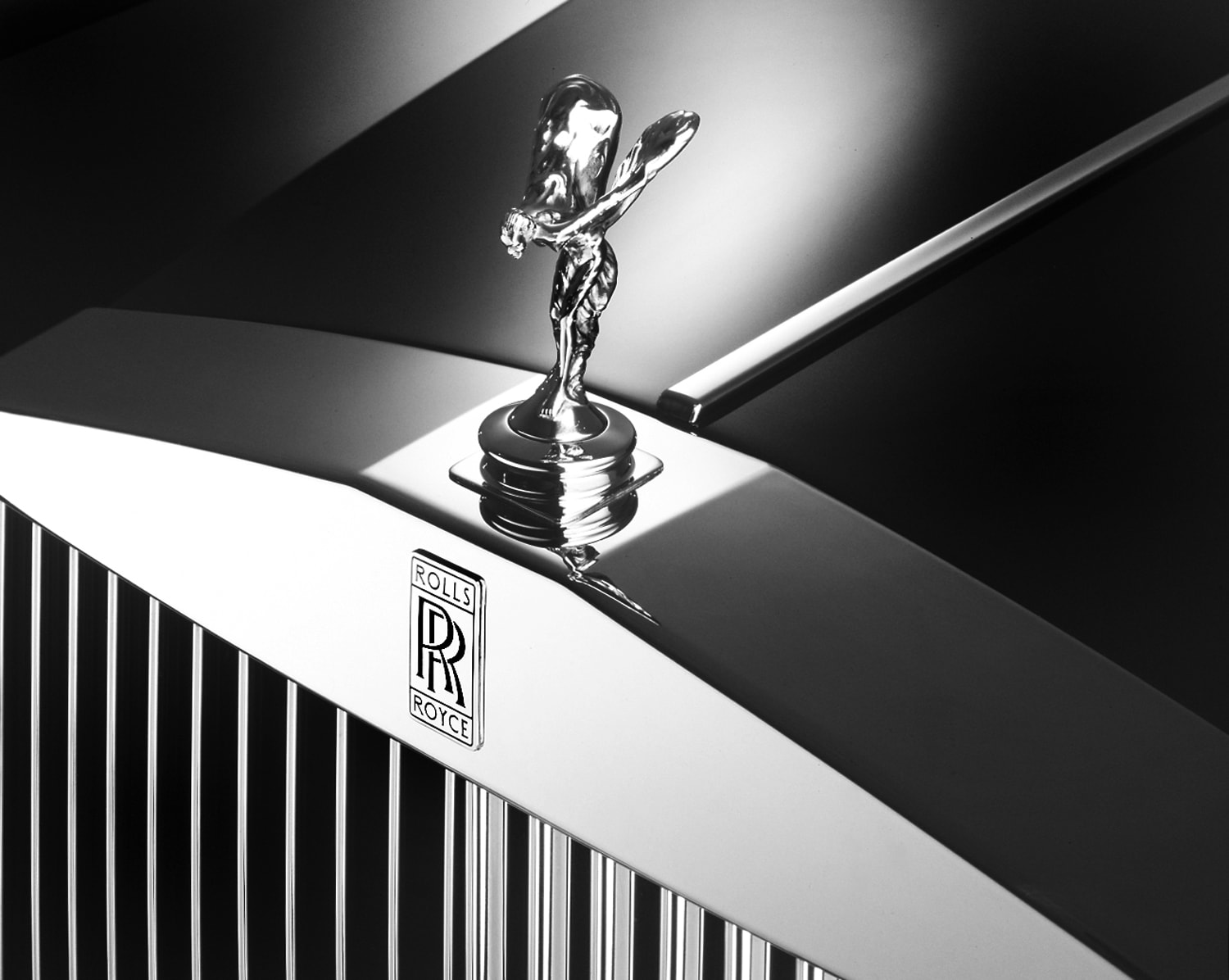 Rolls Royce Grille by Paul Bussell